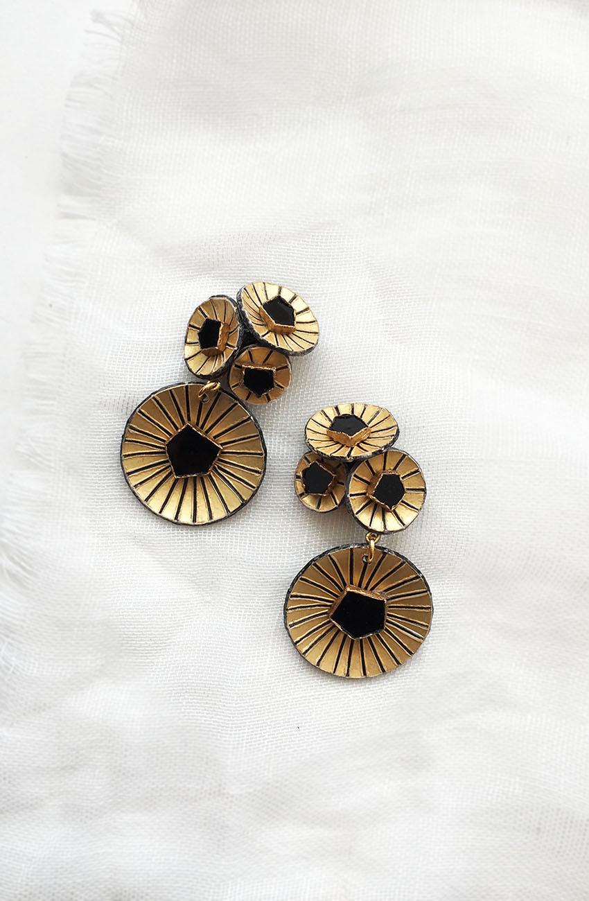 Boucles d'oreilles Kyoto or et noir Ciléa Bijoux faites à la main